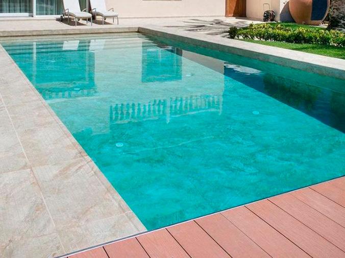 ¿Por qué es necesario el cloro en las piscinas?