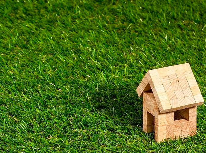 Por qué elegir césped artificial para tu jardín